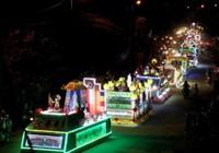 Rực rỡ dàn xe hoa mừng Phật Đản ở Huế