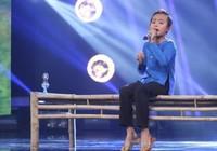 Nghe cậu bé nghèo Hồ Văn Cường hát 'Sa mưa giông'