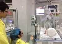 Sản phụ từ chối điều trị ung thư để cứu con đã qua đời