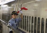 Nhật: Trưởng tàu phải xin lỗi vì khởi hành sớm 20 giây