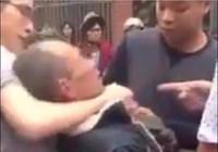 Hai cha con đánh cựu binh có thể lãnh 14 năm tù