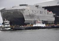 Hải quân Mỹ nhận tàu đổ bộ siêu tốc hai thân thứ 5