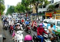 TP.HCM: Hoãn cấm đường ngày 22-4, giao thông vẫn ùn tắc