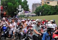 Xem xét đề nghị dừng thu phí sử dụng đường bộ đối với xe môtô