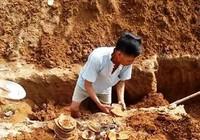 Đào móng nhà phát hiện cổ vật hàng trăm năm tuổi