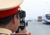 Các mức phạt khi ô tô, xe máy chạy quá tốc độ
