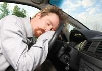 Ngủ gật - Kẻ thù nguy hiểm của người lái xe