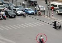 Vượt đèn đỏ, không có giấy tờ xe..., xử phạt như thế nào?