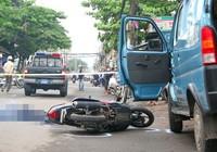 Giải quyết thế nào khi xe máy va chạm với xe tải?