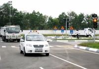 Trường hợp nào phải thi lại giấy phép lái xe?
