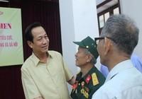 Bộ trưởng trao bằng khen cho hai lão nông ở Bắc Ninh
