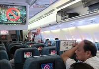 Phạt  4 triệu đồng khách Trung Quốc hút thuốc máy bay