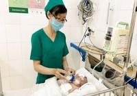 Cứu sống trẻ sơ sinh bị thủng ruột