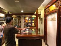 Chi cục QLTT Hà Nội kiểm tra cửa hàng Khaisilk