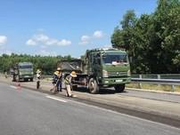 Video: Tiến hành sửa chữa cao tốc Đà Nẵng-Quảng Ngãi
