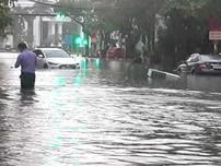 Clip: Mưa lớn suốt đêm, Đà Nẵng biến thành sông