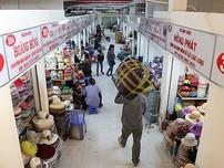 Clip: Tiểu thương vui mừng ngày chợ Bình Tây hoạt động trở lại