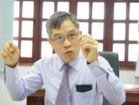 Ông Lê Nguyễn Minh Quang: 'Tôi mở quà ngay trước mặt người gửi