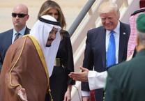 Các nước và chiến lược lấy lòng ông Trump