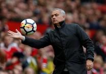 Mourinho là HLV giỏi nhất