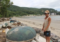 Đà Nẵng: Nhà cách biển cả trăm mét, nay chỉ còn 10 m