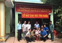 Công đoàn Sở Tư pháp tặng nhà tình nghĩa cho mẹ Săng