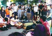 Sài Gòn Ðêm nghe tiếng bolero