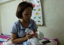 Người phụ nữ ung thư nhận nuôi bé gái sơ sinh bị bỏ rơi