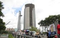 Cận cảnh cao ốc cao thứ 3 ở TP.HCM đang bị 'xiết nợ'