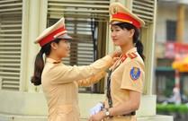 """Những """"bóng hồng"""" cảnh sát giao thông tại Ninh Bình"""
