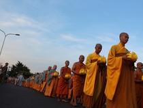 Chùm ảnh đẹp về Lễ rước Phật cầu Quốc thái dân an