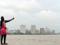 Ấn Độ cấm chụp selfie nhiều nơi để ngăn tai nạn chết người