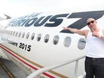 """Boeing ra mắt chiếc máy bay dành riêng cho """"Fast&Furious 7"""""""