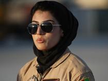 Ngắm nhan sắc nữ phi công duy nhất của quân đội Afghanistan