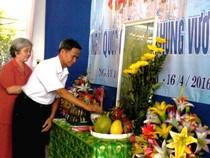 Công dân huyện đảo Trường Sa dâng hương tưởng nhớ vua Hùng