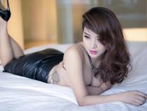 Nữ nghệ sĩ Việt với hình xăm độc, nhạy cảm
