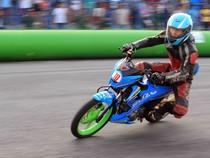 Giải đua xe máy Suzuki Raider R150: Nguyễn Quang Khải vô địch vòng một