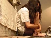 Bắt tạm giam nghi can hiếp dâm trẻ em ở giữa đồng