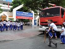 Ứng phó thiên tai vào trường học