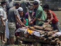 Ác mộng động đất Nepal: Xác nhận 4.310 người chết