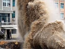 Hình ảnh của 'bộ ba siêu bão' ập vào Trung Quốc
