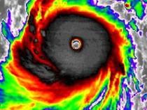 Siêu bão mạnh nhất 2015 càn quét Thái Bình Dương