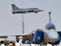 Mỹ giới thiệu nhiều máy bay chiến đấu tại triển lãm hàng không