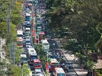 Giao thông Nha Trang 'náo loạn' vì du khách