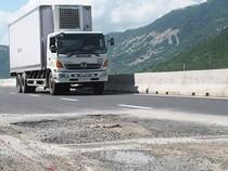 Quốc lộ 1 vừa sửa xong lại hỏng tiếp
