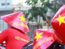 Cổ động viên TP.HCM dự đoán trước trận Việt Nam...