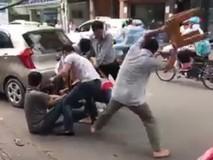 Cướp giật dây chuyền bị chặn bắt trên phố
