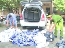 Bắt quả tang ô tô chở 5.000 gói...