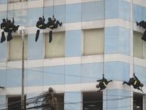 Clip: Cảnh sát diễn tập chống khủng bố bảo...