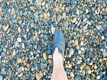 Độc đáo bãi đá 7 màu ở Tuy Phong,...